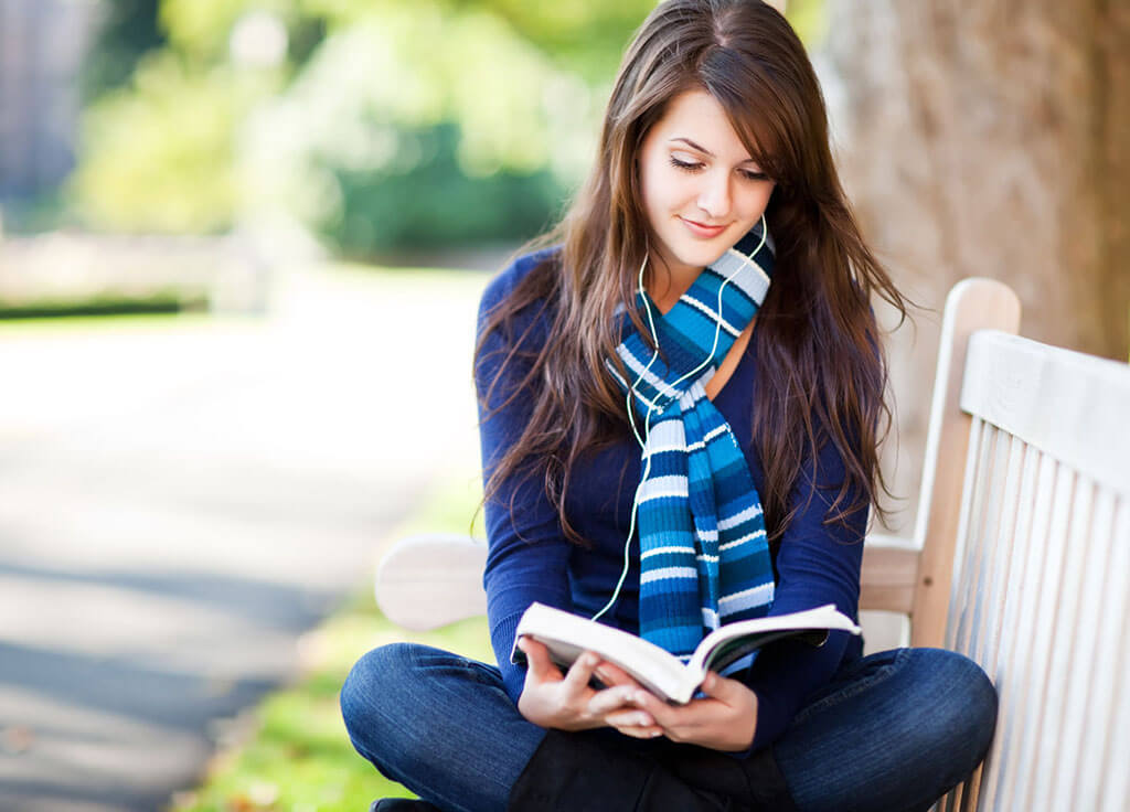 8 Dating Tips for Introverts. How to Date an Introvert?