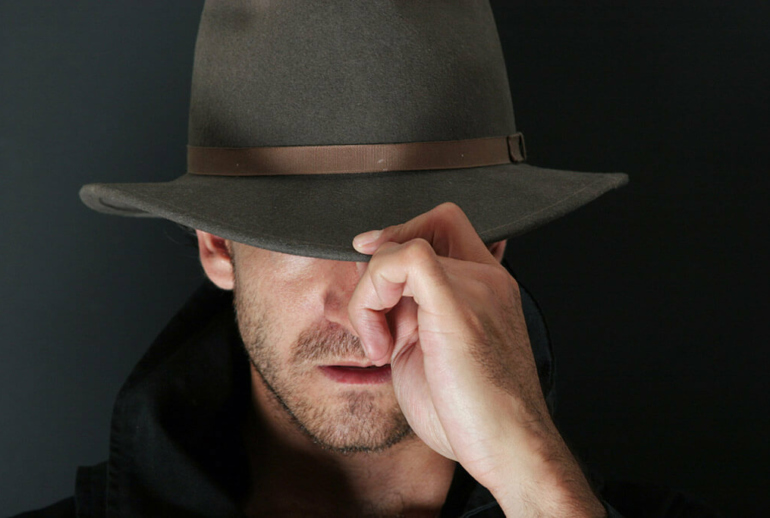 The right balance for men between being mysterious and creepy